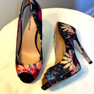 6.5 Call It Spring floral open toe heels